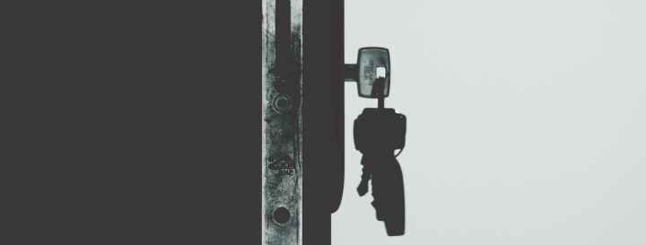 monochrome photography of keys